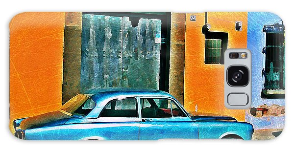 Antigua Volvo Galaxy Case