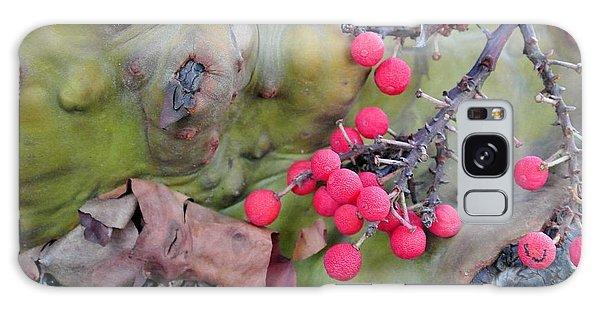 Arbutus Berries Galaxy Case
