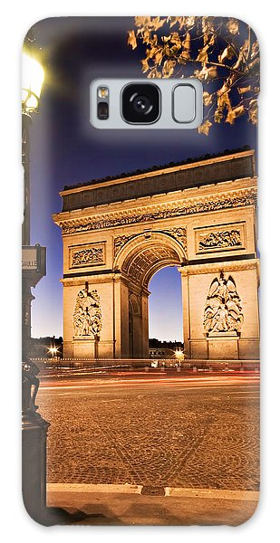 Galaxy Case featuring the photograph Arc De Triomphe At Night / Paris by Barry O Carroll