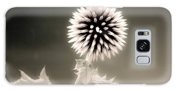 Artistic Black And White Flower Galaxy Case
