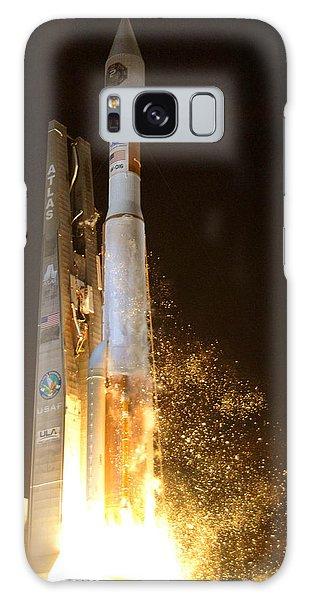Atlas V Rocket Taking Off Galaxy Case by Science Source