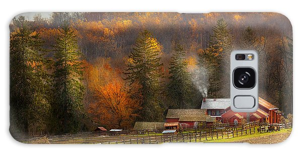 Autumn - Barn - The End Of A Season Galaxy Case