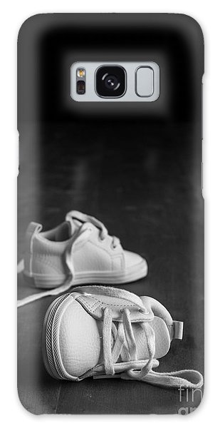 Missing Galaxy Case - Baby Shoes by Edward Fielding