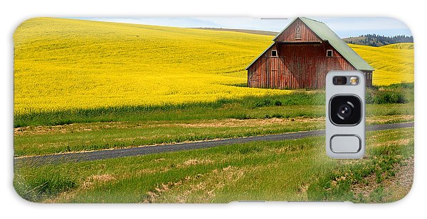 Barn On The Palouse No.2 Galaxy Case by Daniel Woodrum