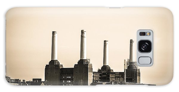 Battersea Power Station With Train Tracks Galaxy Case