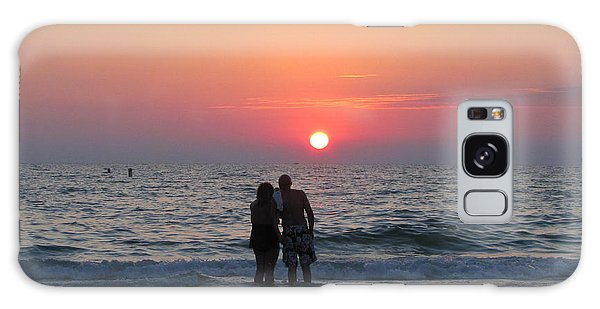 Beach Couple Clearwater Sunset Galaxy Case