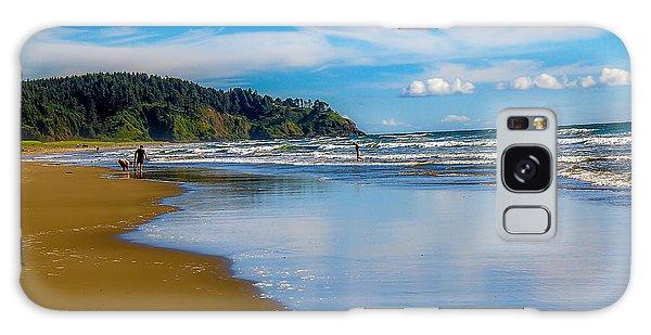 Haybale Galaxy Case - Beach Fun  by Robert Bales