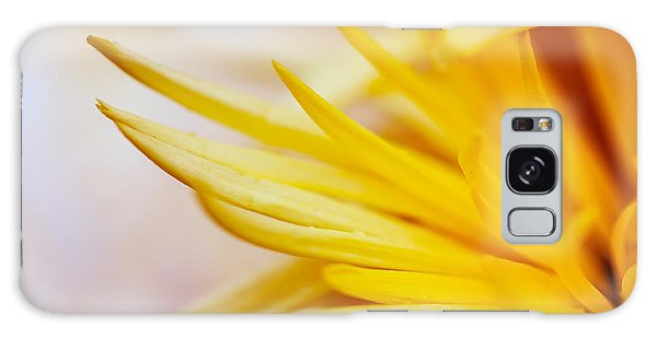 Spring Flower - Nature Photography Galaxy Case