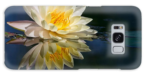 Beautiful Water Lily Reflection Galaxy Case