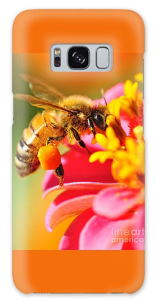Bee Laden With Pollen Galaxy Case
