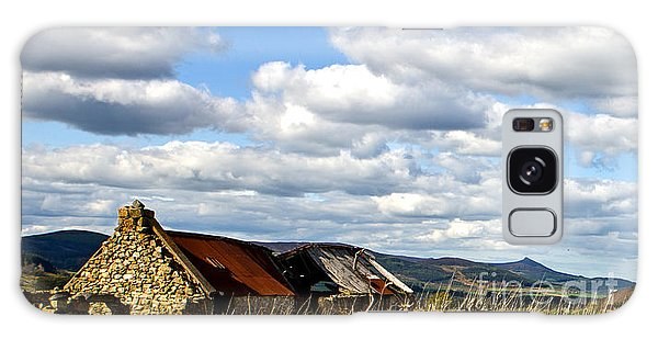 Bennachie With Derelict Steading Galaxy Case by Liz  Alderdice