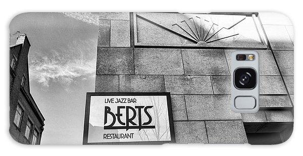 Berts Bar Galaxy Case