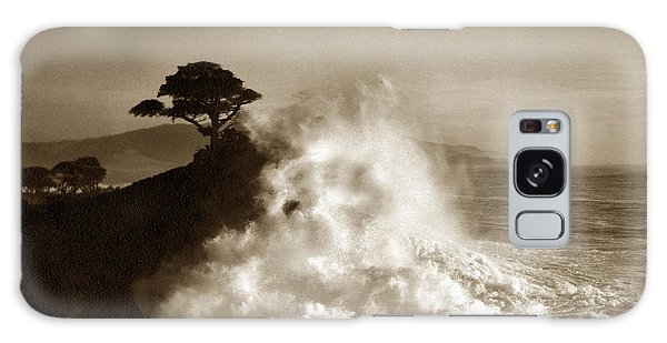 Big Wave Hitting The Lone Cypress Tree Pebble Beach California 1916 Galaxy Case