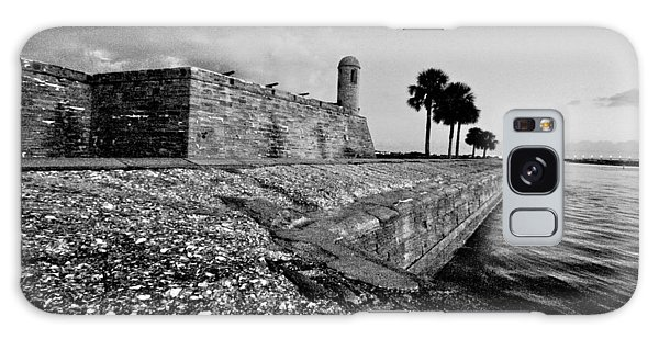 Black And White Castillo De San Marcos View 3 Galaxy Case