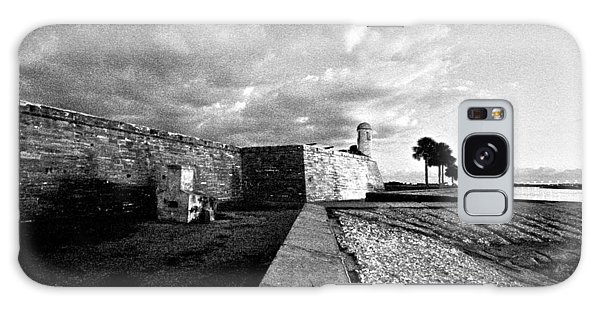 Black And White Castillo De San Marcos View 4 Galaxy Case