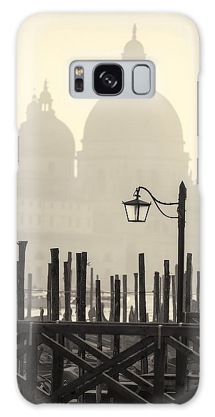 Black And White View Of Venice Galaxy Case