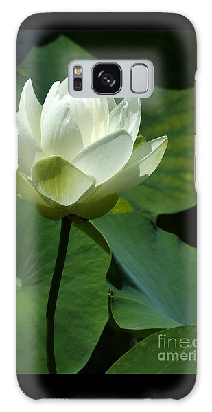 Blooming White Lotus Galaxy Case