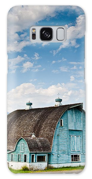 Blue Barn In The Stillaguamish Valley Galaxy Case