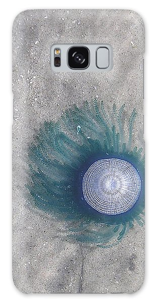 Blue Button Jellyfish Galaxy Case