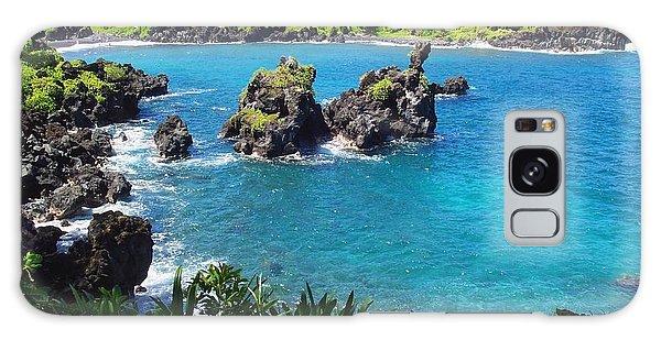 Blue Hawaiian Lagoon Near Blacksand Beach On Maui Galaxy Case by Amy McDaniel