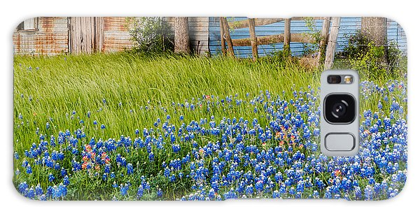 Bluebonnets Swaying Gently In The Wind - Brenham Texas Galaxy Case