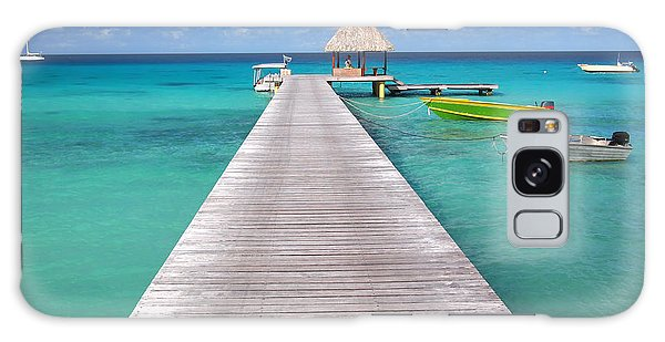 Boats At The Jetty In A Tropical Turquoise Lagoon Galaxy Case