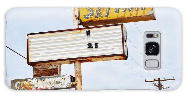 Galaxy Case featuring the photograph Bombay Beach Abandoned Ski Inn by Kyle Hanson