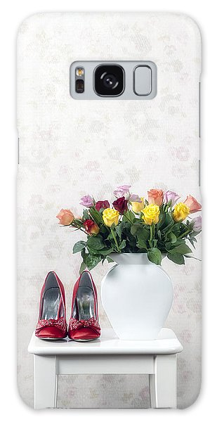 Vase Of Flowers Galaxy Case - Bouquet Of Roses by Joana Kruse
