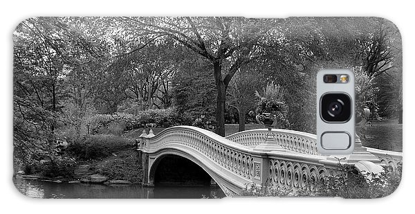 Bow Bridge Nyc In Black And White Galaxy Case