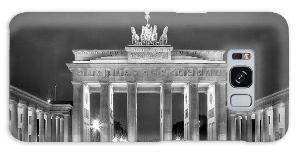 Town Square Galaxy Case - Brandenburg Gate Berlin Black And White by Melanie Viola