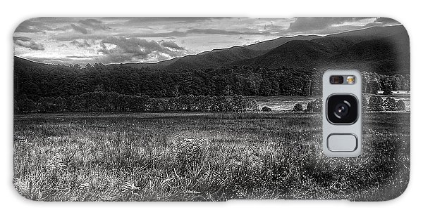 Breaking Sun In Cades Cove In Black And White Galaxy Case