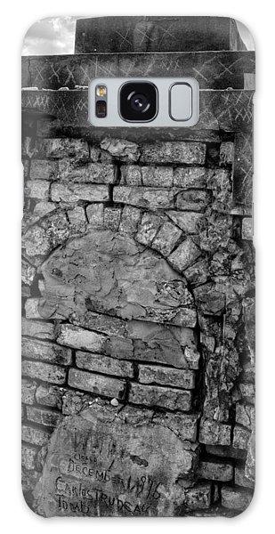 Brick Oven Grave In Black And White Galaxy Case