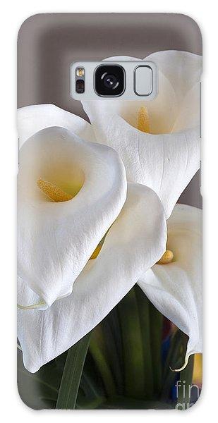 Bridal Cali Lilies Galaxy Case