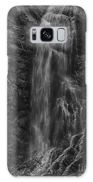 Bridal Veil Falls At Spearfish Canyon South Dakota Galaxy Case