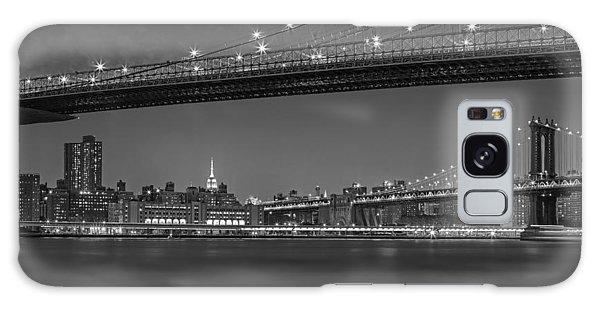 Brooklyn Bridge Frames Manhattan Bw Galaxy Case