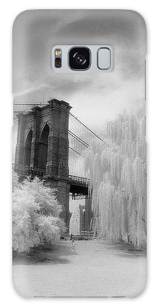 Brooklyn Bridge Willows Galaxy Case