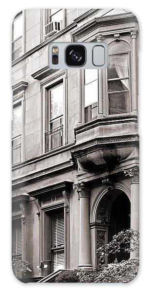 Brooklyn Heights -  N Y C - Classic Building And Bike Galaxy Case