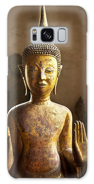 Buddhist Statues G - Photograph By Jo Ann Tomaselli  Galaxy Case