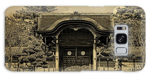 Buddhist Temple Gate In Early Spring Galaxy Case