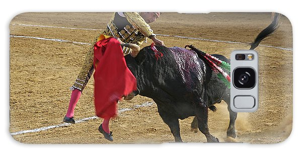 Bullfighter Manuel Ponce Performing The Estocada To Kill The Bull Galaxy Case
