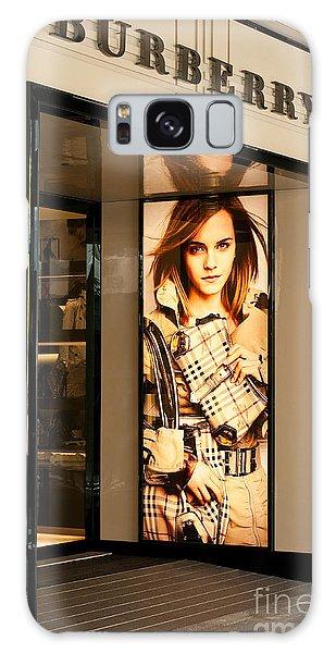 Burberry Emma Watson 01 Galaxy Case