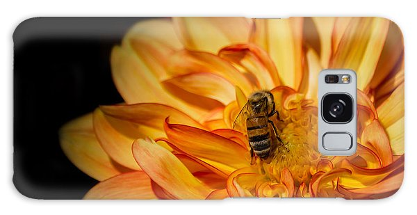 Busy Bee Dahlia Galaxy Case by Linda Villers