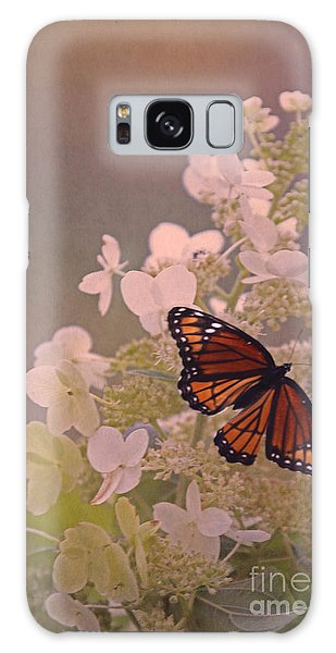 Butterfly Glow Galaxy Case