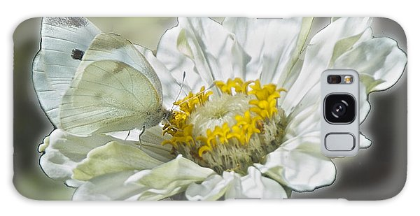 Cabbage White Butterfly On Zinnia 2 Galaxy Case