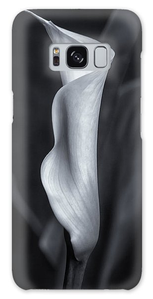 Galaxy Case featuring the photograph Calla Lily No. 2 - Bw by Belinda Greb