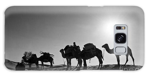 Desert Sunset Galaxy S8 Case - Camels by Delphimages Photo Creations