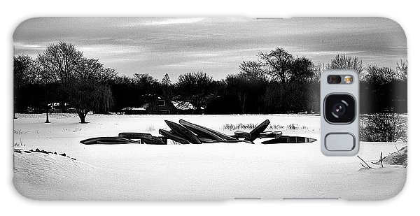 Canoes In The Snow - Monochrome Galaxy Case
