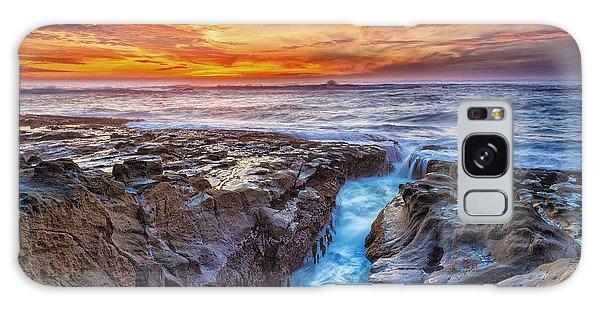 Ocean Sunset Galaxy S8 Case - Cape Arago Crevasse Hdr by Robert Bynum