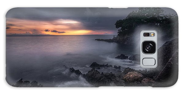 Long Exposure Galaxy Case - Caprusan Temple Sunset by Ade Rizal