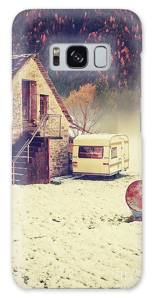 Caravan In The Snow With House And Wood Galaxy Case